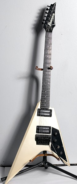 1985 Ibanez Pro Line Series PR1660 in Pearl White.