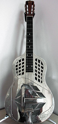 1931 square-neck Style 2 National Tri-Cone
