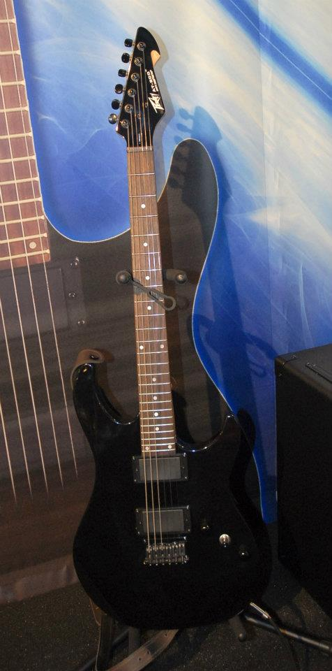 Peavey's AT-200 guitar uses built-in Antares tuning/intonation processing. Push the a button and it plays in perfect tune, and with perfect pitch up and down the neck