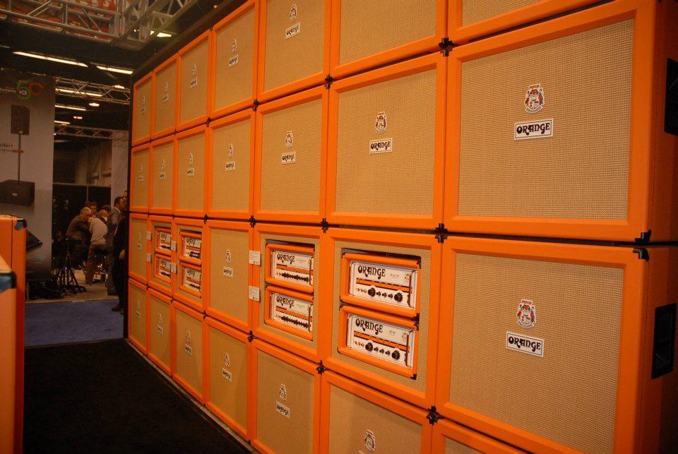 A wall 'o Orange!