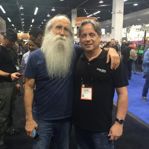 It's not every day you run into one of the coolest bass players with the best beard! VG publisher Alan Greenwood posed with Lee Sklar at #NAMM2016.