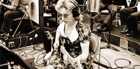 Carol Kay, Vintage Guitar magazine Home main image