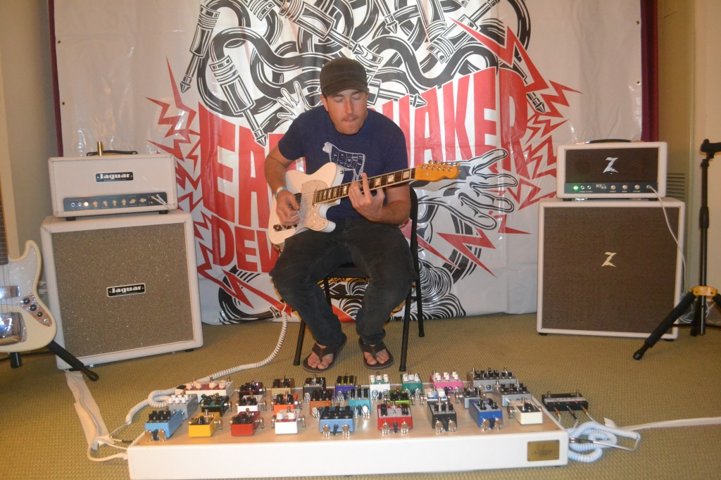 Eric Olson jamming with EarthQuaker Devices.