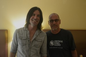 Guitarist Peter Thorn (left) with Tom Menrath, Vintage King Audio.