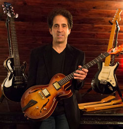 Dean Zelinsky launches Private Label Guitars line.