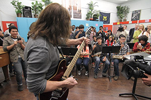 Eddie Van Halen speaks to class in L.A.