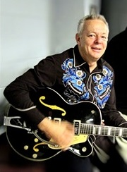Tommy Emmanuel with Chet Atkins Gretsch prototype