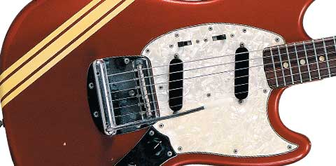 FENDER-MSTNG-MAIN-BIG