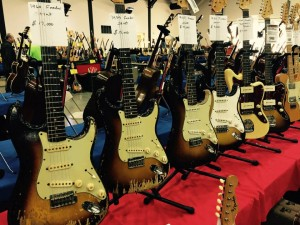 Always plenty of classic Fender Guitar #Strats at a guitar show! #ocguitarshow #vintageguitar #Fender — in Costa Mesa, California.