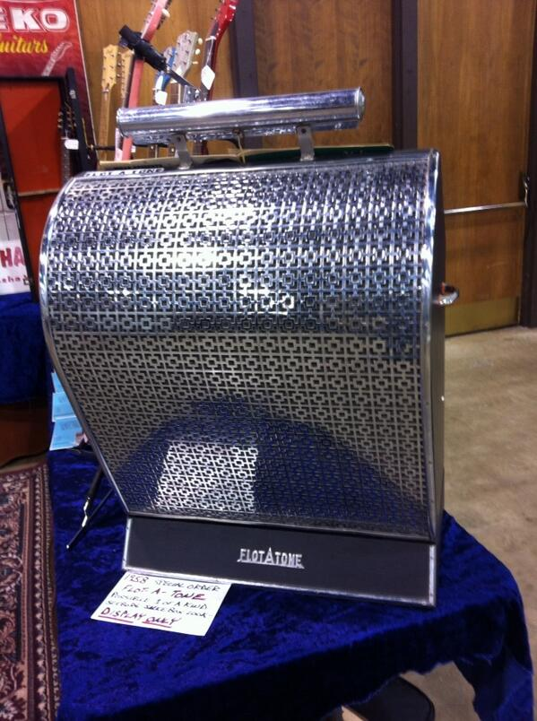 1958 Flot-A-Tone music stand amp at the Rockohaulix booth- front.