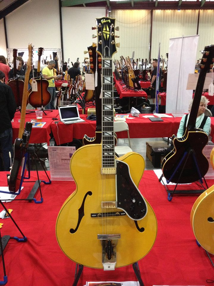VG spent the day at the SoCAL World Guitar Show at the Orange County Fairgrounds. Here's a 1967 Gibson Johnny Smith in one-of-a-kind cream finish at the Fretted Americana booth.