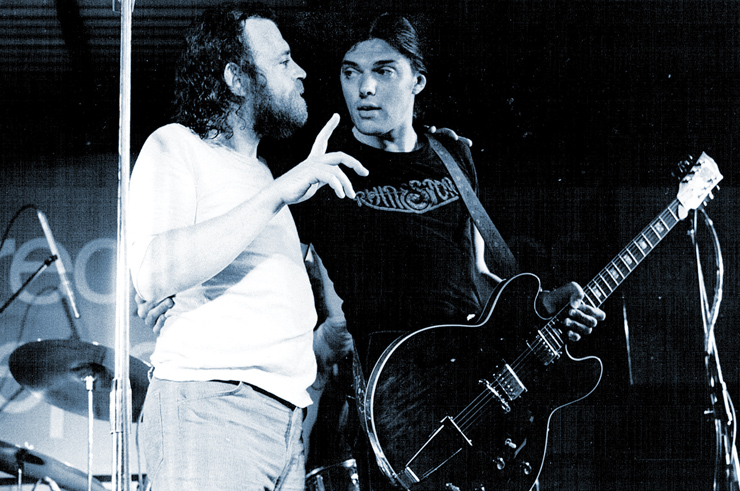 Goodwin onstage with Joe Cocker and his early-'70s Gibson ES-335. Cocker and Goodwin image courtesy of Julian Bean.