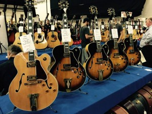 Three decades of beautiful #Gibson archtops. #vintageguitar #ocguitarshow #archtop #guitarlove #guitars — in Costa Mesa, California.