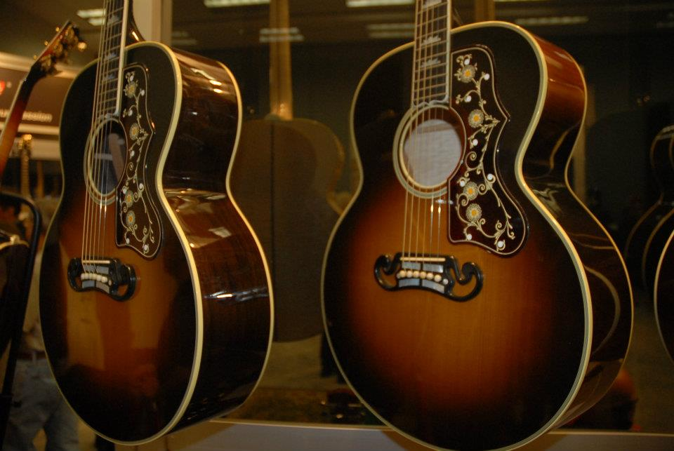 Gibson Limited Edition J-200 Golden Age 1930 models