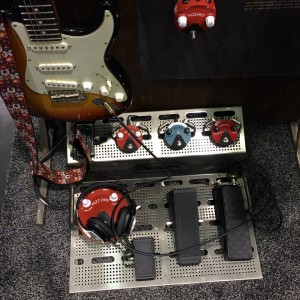 A fine looking set up in the Jim Dunlop Guitar Products#NAMM2015 booth if things are getting fuzzy and you need a good cry, baby. #vintageguitar #NAMMshow — in Anaheim, California.