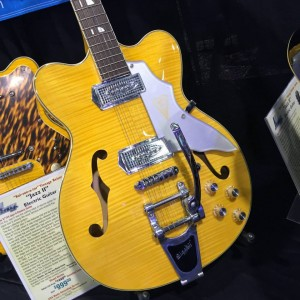 Hello, yellow! The Kay K775V Jazz II Electric #Guitar from Kay Vintage Reissue definitely would brighten up any cloudy day. #vintageguitar #guitarlove #NAMMshow #NAMM2015 #NAMM15 — in Anaheim, California.