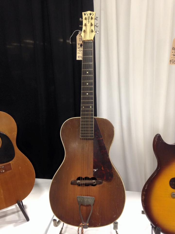 1930's Vi Vi Tone Lloyd Loar - check out the sound holes under the bridge.