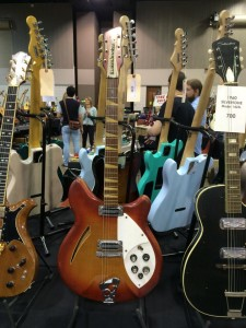 Lone Wolf Guitars' 1967 Rickenbacker Model 360 at Guitarlington 2015.