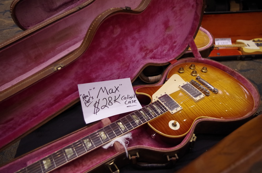 A Max Les Paul flametop replica.