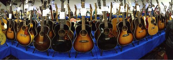 SoCAL World Guitar Show - Panorama of sweet Gibson flat tops.