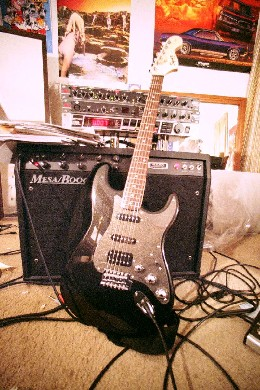 Squire Fat Strat w/Mesa Boogie F-100