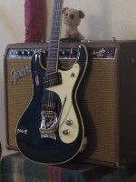 selling Mosrite 1963 reissue ink blue