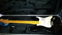 Fender Stratocaster signed by Eric Clapton