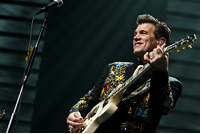 Chris Isaak to be featured on PBS.