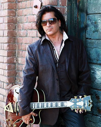 Blake Aaron   Vintage Guitar® magazine