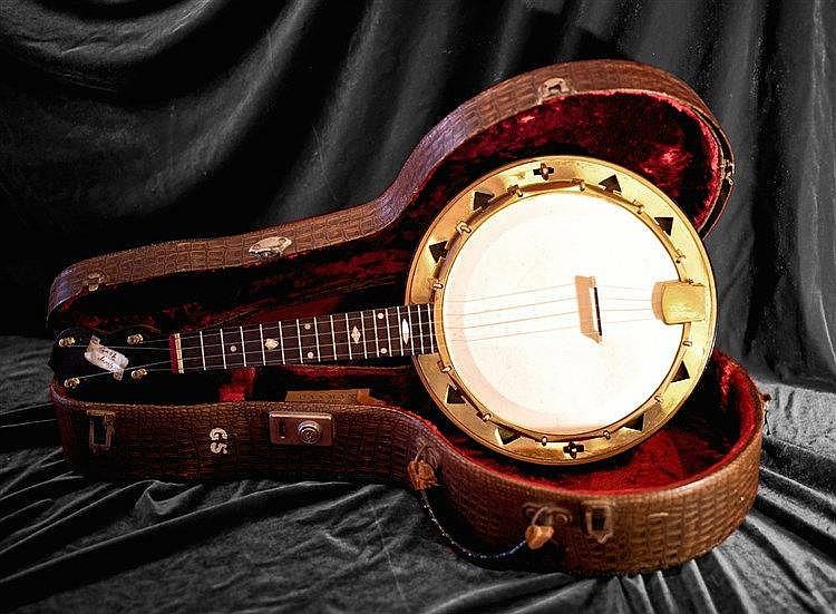 banjo uke from harrison collection set for sale vintage guitar magazine. Black Bedroom Furniture Sets. Home Design Ideas