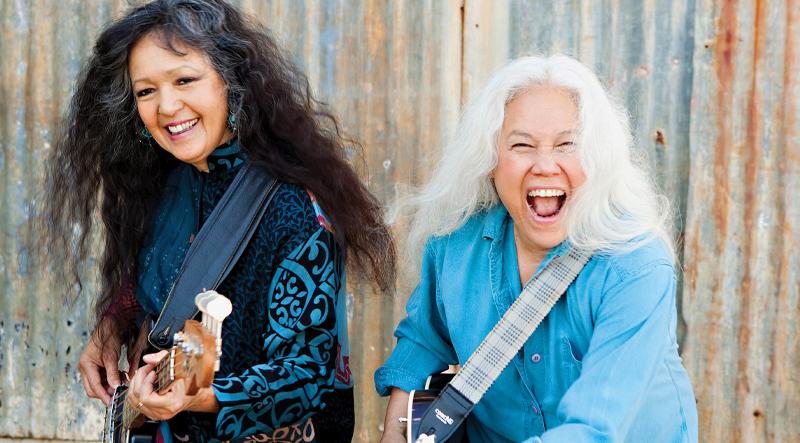 www.vintageguitar.com