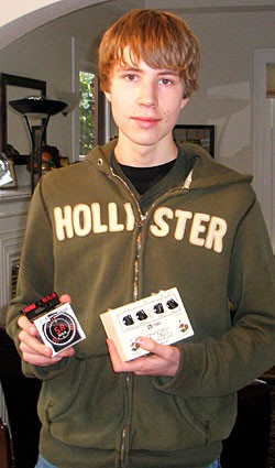 Tyler Pitt, a Swell G-TOD Pedal and a Korg GT-4 Tuner